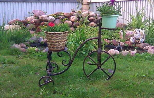 Подставки для цветов садовые металлические